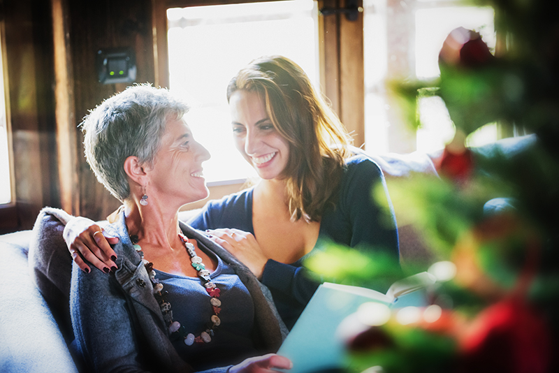 Visiting Aging Loved Ones at Holidays